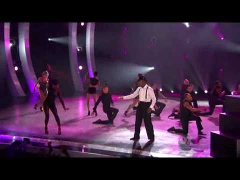 Ne-Yo - Beautiful Monster ( Live 2010 )