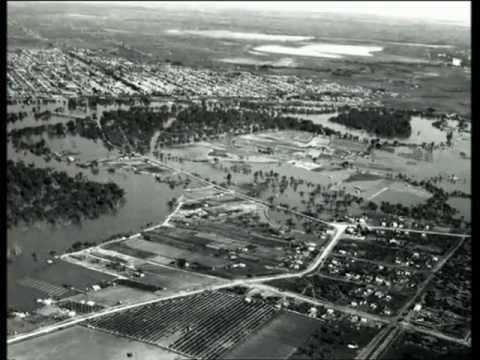 Rising Waters >> Mildura 1956 Murray River Floods - YouTube