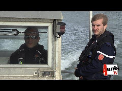 Opération De Surveillance Des Parcs Ostréicoles Par Les Brigades Nautiques De La Gendarmerie