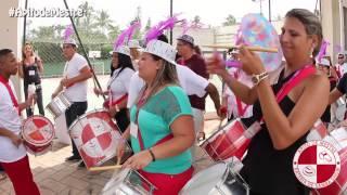 Palestra, Treinamento e Team building desfile com bateria de escola de samba