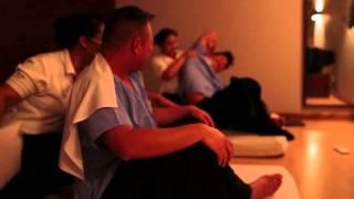Repeat youtube video Asia Trip 2013 - Day 10 - Bangkok - Happy Ending Thai Massage