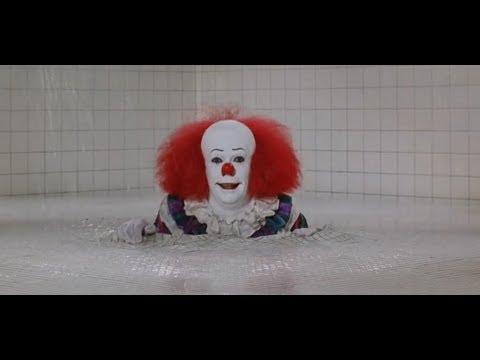 胆小者看的恐怖电影解说:几分钟看完美国恐怖电影《小丑回魂》