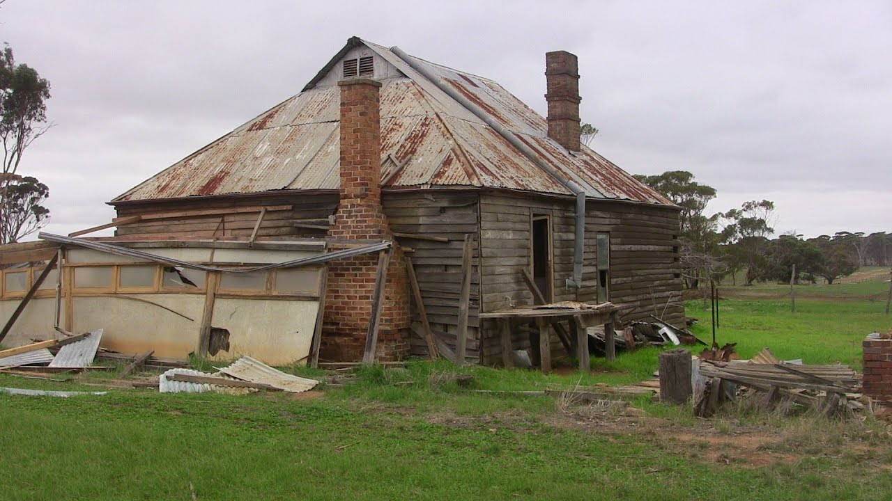 Old Historic Australian Farmhouse To Metal Detect In The