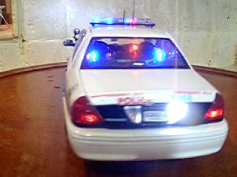 1/18 Chicago Police Dept Crown Vic with Lights and Siren ...