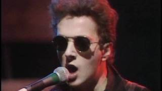 The Clash: Tommy Gun (Live@Something Else 1978)
