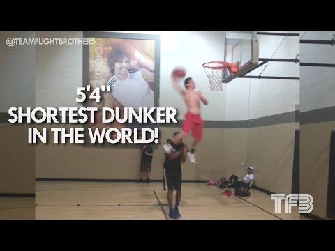 """5'4"""" Shortest Dunker on the PLANET!"""