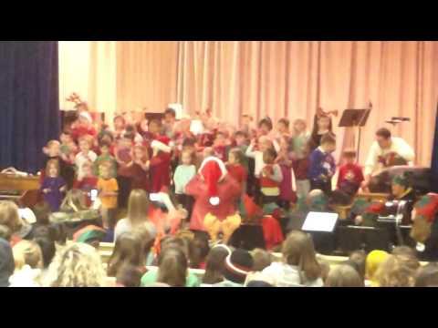 Viscount Montgomery School  2016 Christmas  Kindergarten Preformance