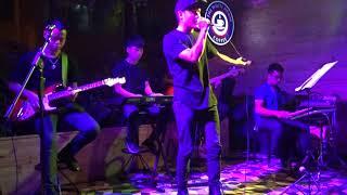 Chuyện Chàng Cô Đơn - Xkey Band [05/09/2017]