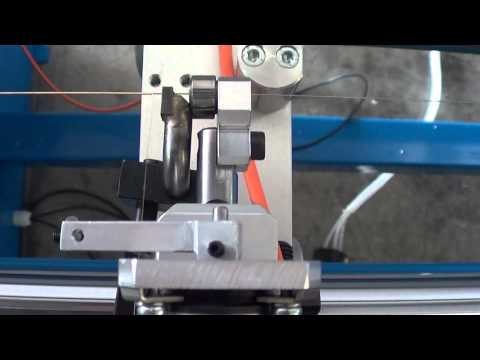 PITCH SENSOR ON WINDING MACHINES FOR MUSICAL STRINGS