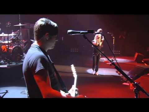 Avril Lavigne - Losing Grip [Live at Budokan] [Japan] The Bonez Tour 2005 #HD