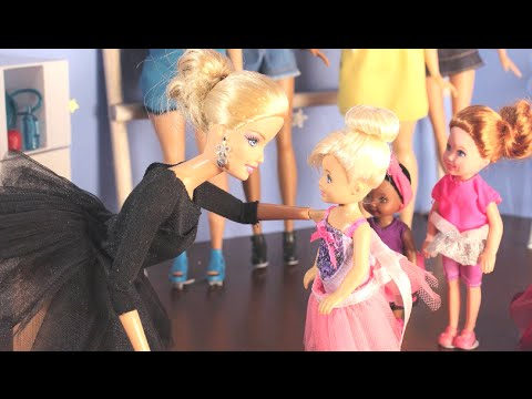Dance Moms - A Barbie parody in stop motion *FOR MATURE AUDIENCES*