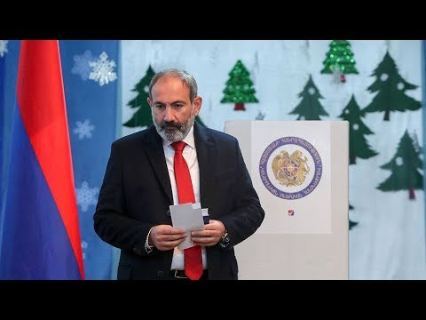 «Вся система власти была построена на коррупции». Как изменится Армения после победы блока Пашиняна