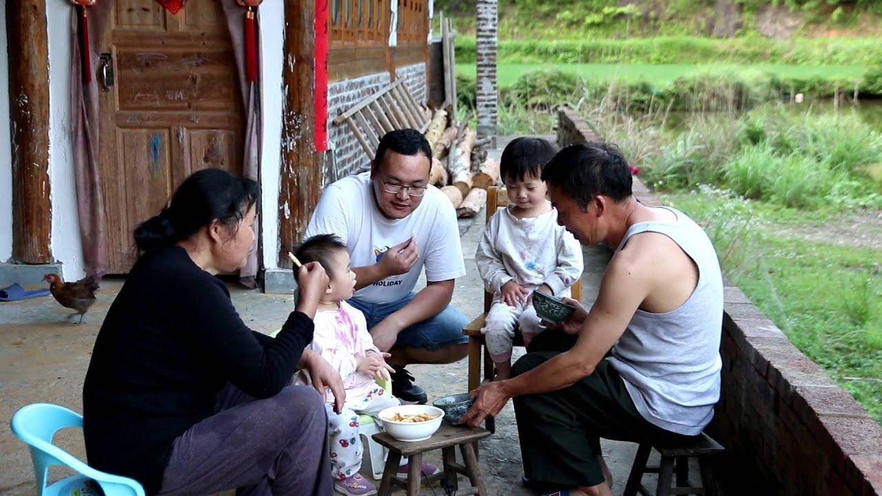 摘了许多杨梅,想给两个宝宝做好吃的,结果全家都喜欢吃【小粟】