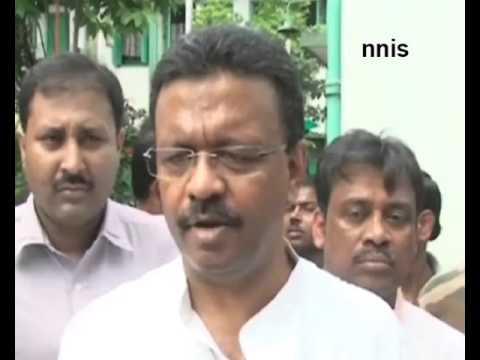 Look At Our 'Mini  Pakistan', Firhad  Hakim Tells Pak Journo In Kolkata
