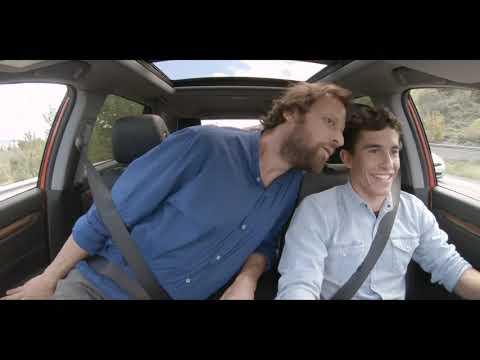 Marc Márquez y Edu Soto con el nuevo Honda CR-V. Episodio 2: Improvisación