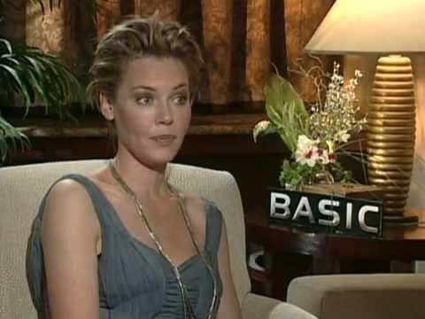 Connie Nielsen (Actriz) - Basic (2003)