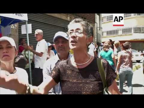 Venezuela opposition seeks Maduro recall vote