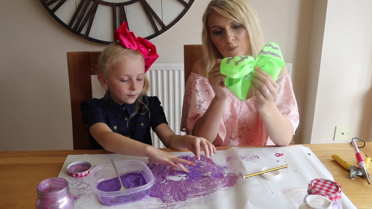 Jojo Siwa Bow Crafting With Mummy Youtube