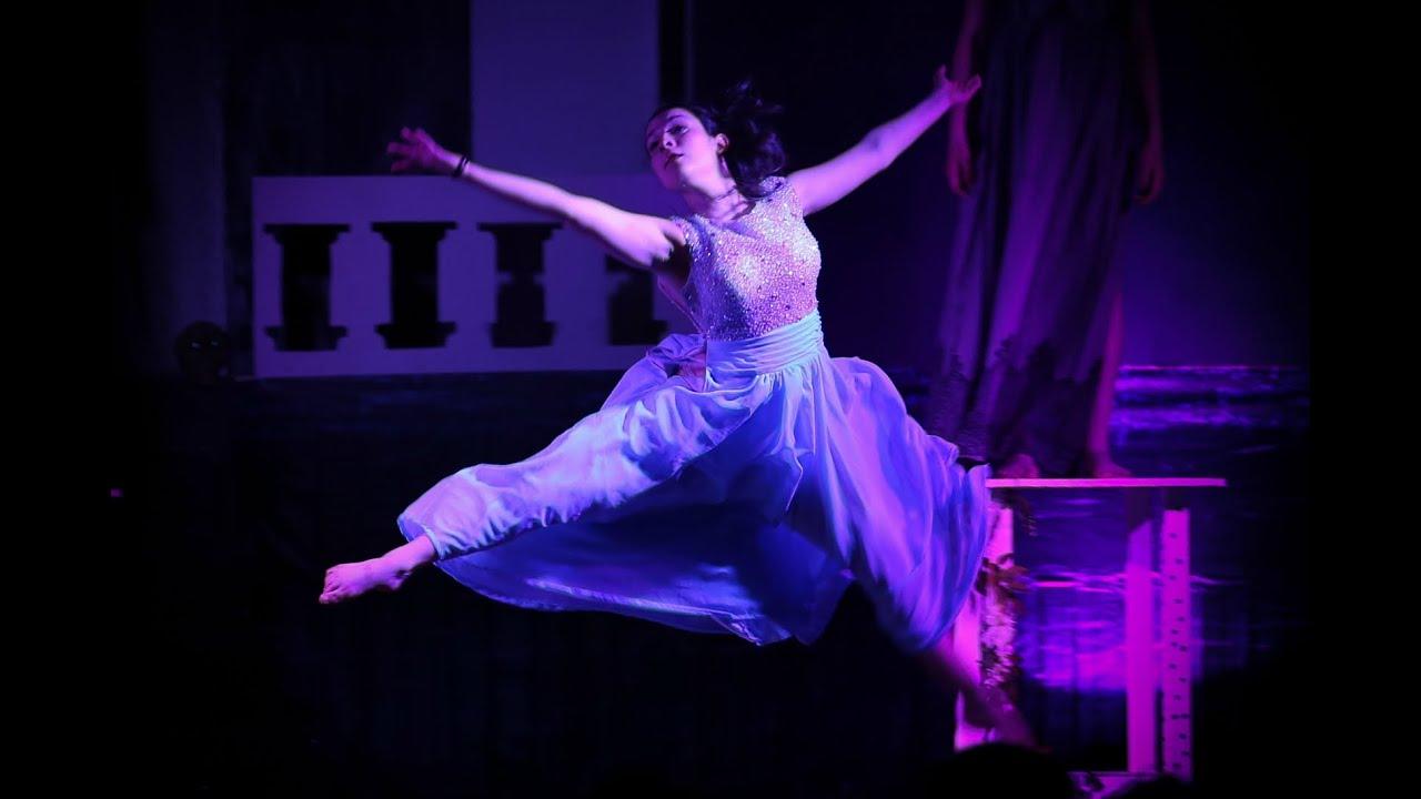 Dracula l'amour et son contraire - CMG Talents (la guerre pour se plaire avec Graziella Cortine)
