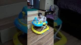 Malu baby first walk in walker