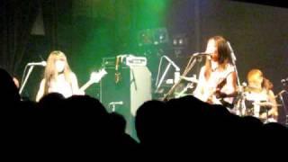 shonen knife(少年ナイフ)-Ramones Forever~I Wanna Be Sedated-