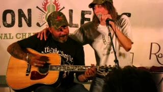 Aaron Lewis and Jeff Keith - Tesla Signs