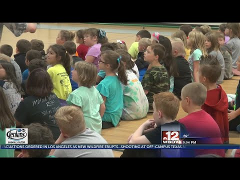 Leading Creek Elementary School students learn more about bus safety
