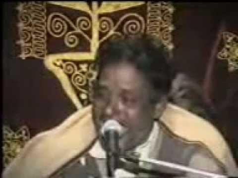 MUNEER KHAN WAZIRABADI PUNJABI SONG ZINDAGI CH PYAR EK WAAR HONDA AE.VERY FEMOUS SONG.