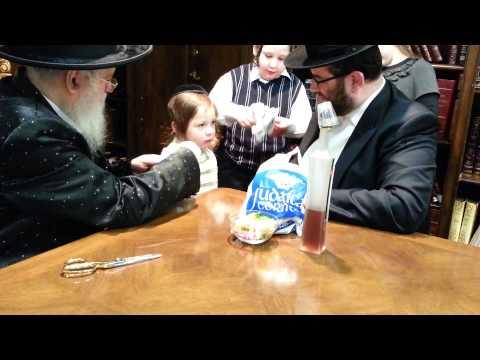 Munkatch rebbe cutting yitzchok Klein