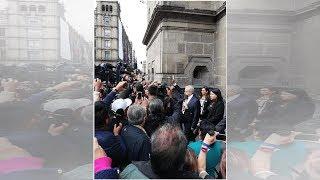 López Obrador camina de Palacio Nacional a la Suprema Corte