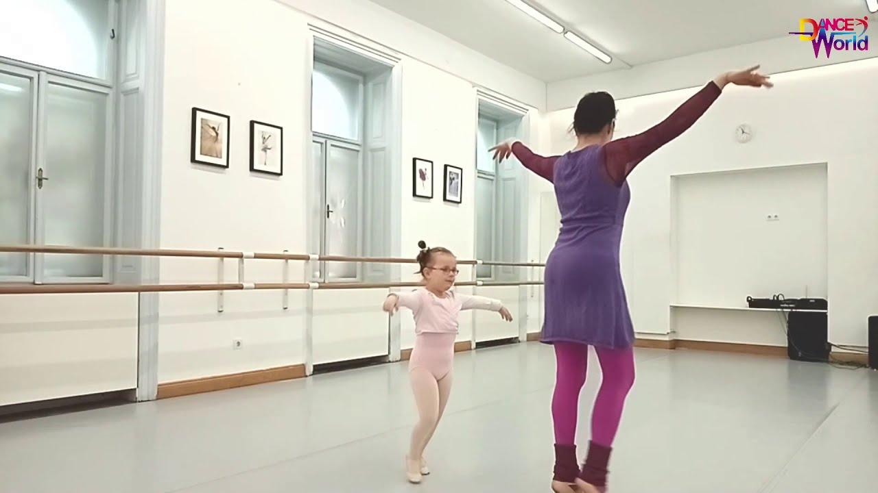 Children Ballet Class for age 3-4