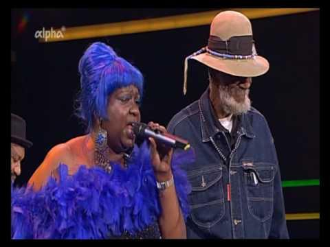 Music Maker Blues Foundation voc. Pat Cohen Mama Blue  -  Chain Of  Fools - Burghausen 2011