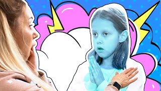 Мама стала Эльзой и ЗАМОРАЖИВАЕТ Все Вокруг! Амелька и Папа стали Ледяными Статуями!