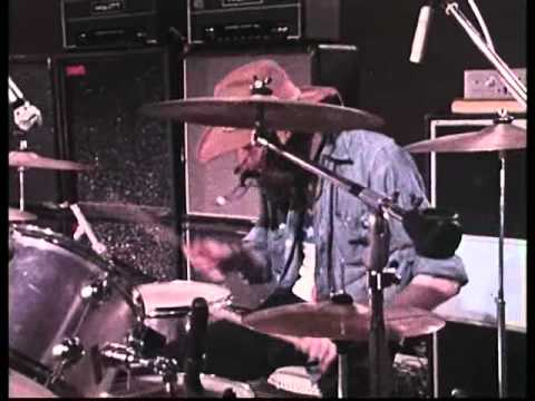 04 A Spoonful Of Bromide Helps The Pulse Rate Go Down - 1972 French TV - Atomic Rooster *HQ*
