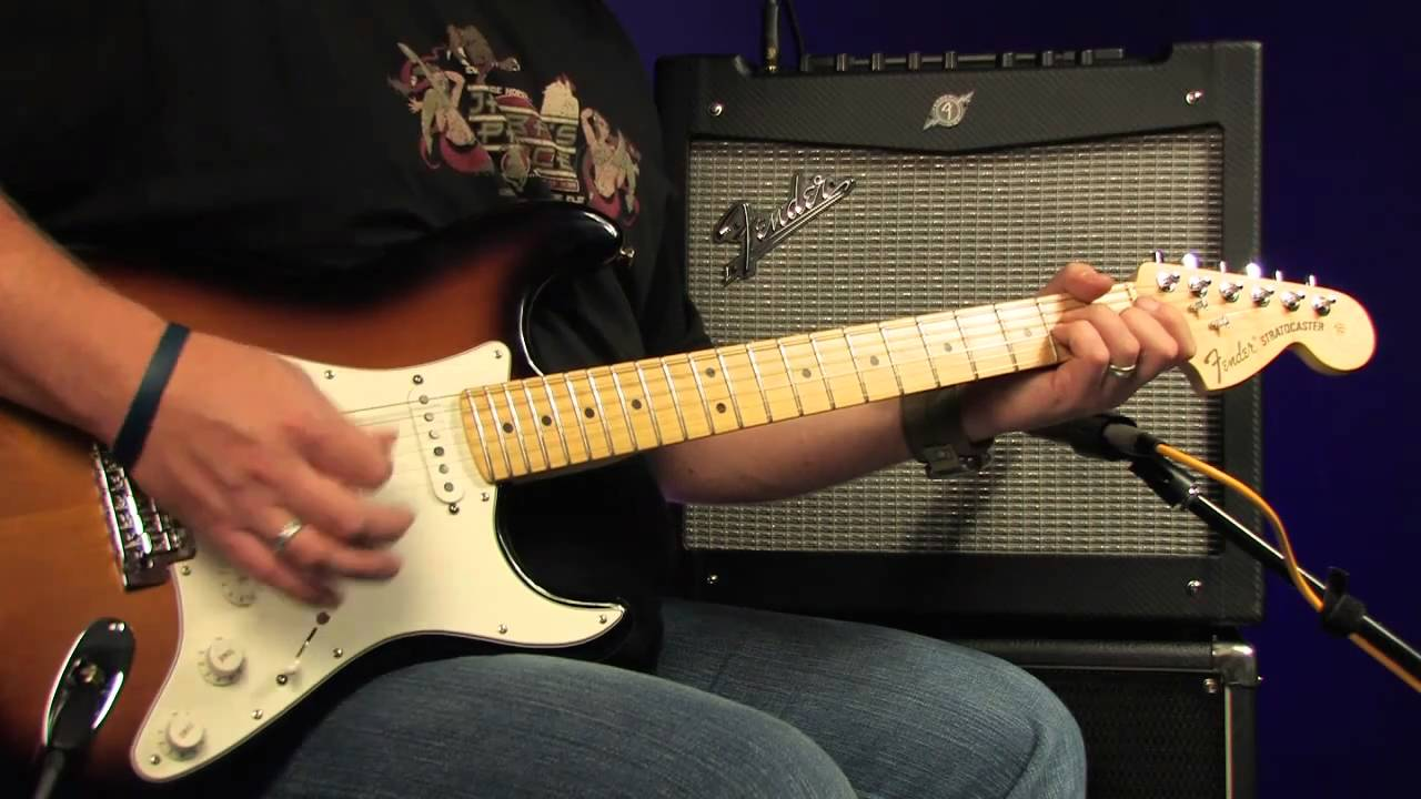 fender mustang ii video review demo guitarist magazine hd - youtube