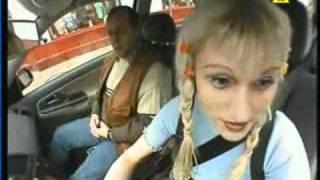 Польская блондинка за рулём mpeg4