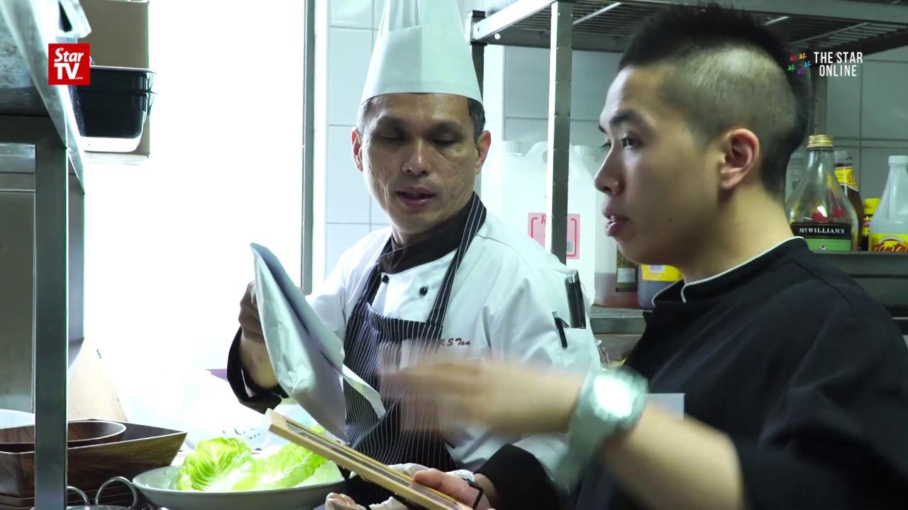 Hotel chef leads Malaysian team at Sydney food fest - YouTube