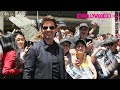 """Tom Cruise Greets Fans & Signs Autographs At """"The Mummy"""" Statue Unveil In Hollywood 5.20.17"""