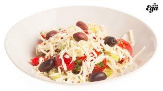 Шопский салат. Болгарский овощной салат с брынзой