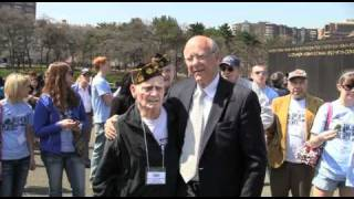 Senator Roberts Visits with World War Two Veterans in D.C.