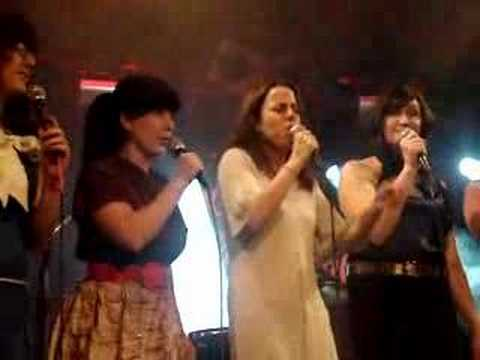 Petra Haden & The Sell Outs - Don't Stop Believing' Acapella