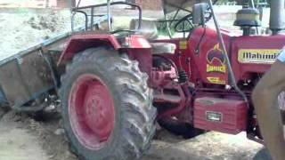 Funny Tractor.3gp