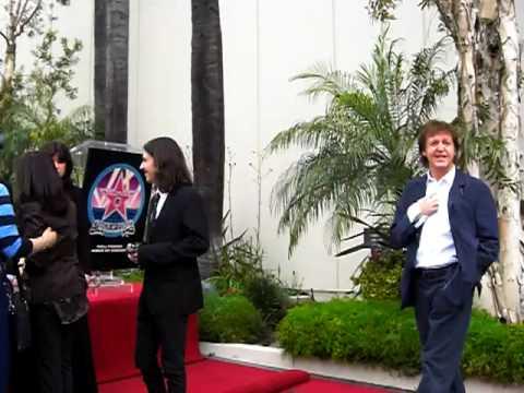 George Harrison Hollywood Walk Of Fame Ceremony - Entrance