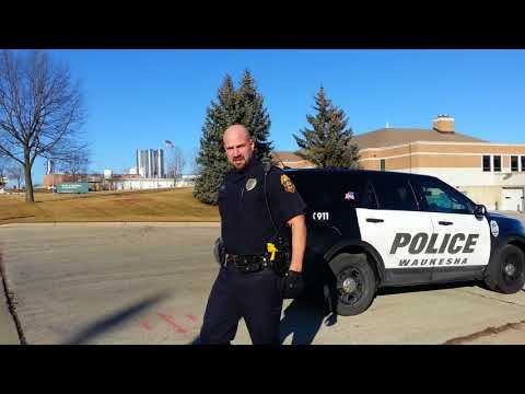 1ST Amendment Audit WAUKESHA WI..Police station With NNW