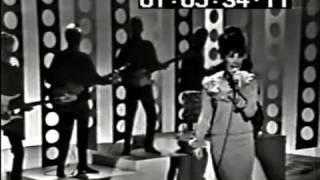 """Donna Loren sings """"I"""