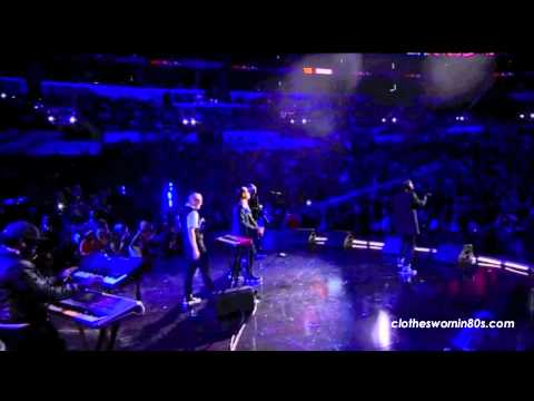 Far East Movement (FM) performs Rocketeer feat. Miguel live at NBA All-Star Weekend 2011
