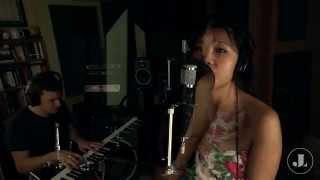 聽見下雨的聲音-魏如昀 Ting Jian Xia Yu De Sheng Yin - Rhythm of the Rain by Queen - cover