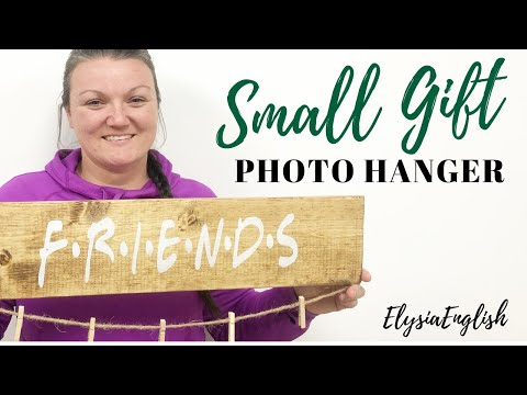 DIY Friends & Family Photo Hangers | Easy gift ideas | Made with love | Simple Wood Project