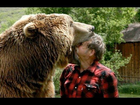 Bear attacks camp staffer at r...