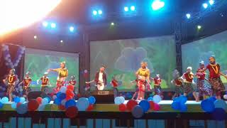 Mix dance on Nepali songs Kutu Ma Kutu, Chari Chatta Pari by Student of SK Dance School Pokhara